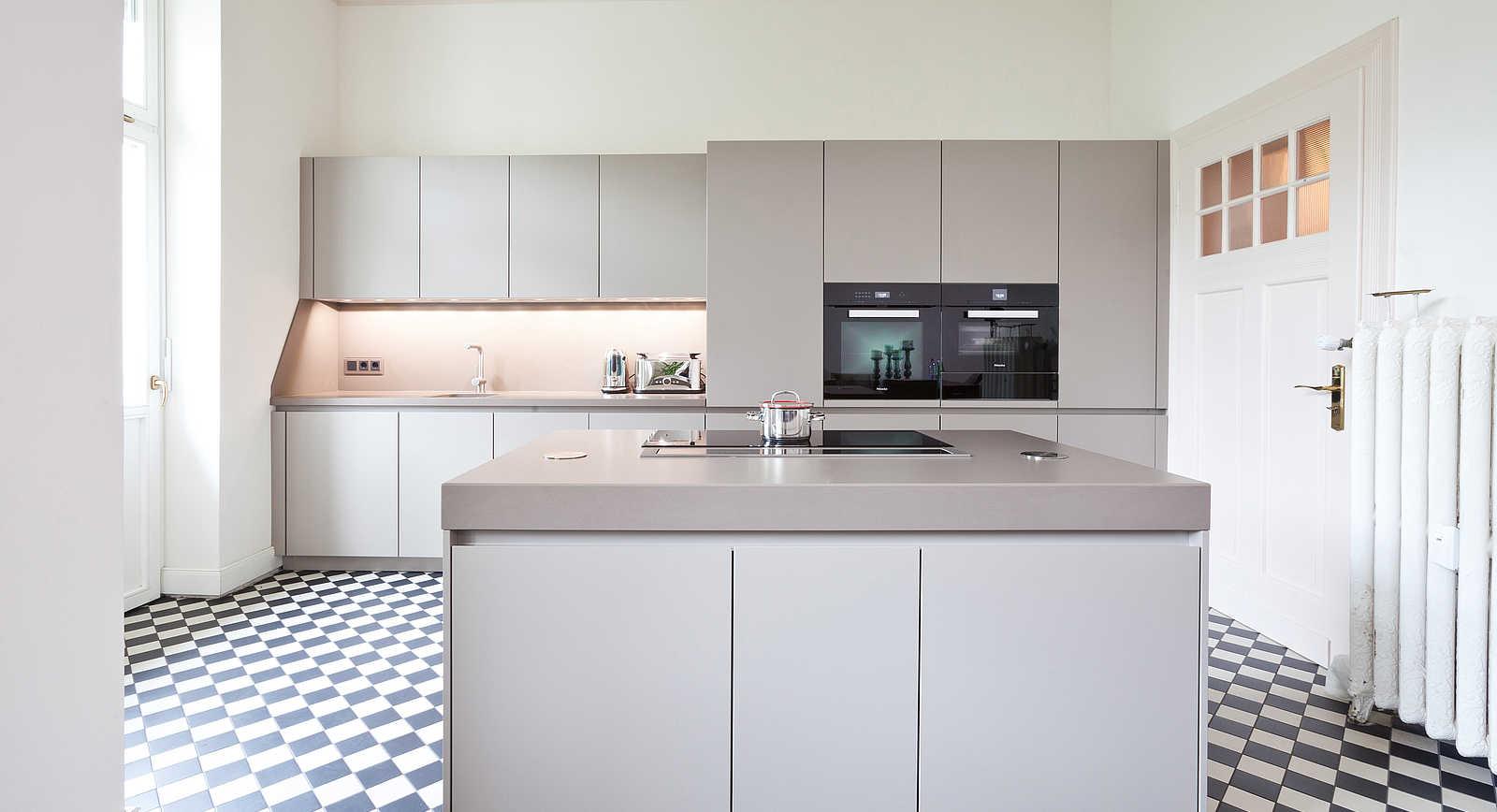 k che bonn bad godesberg k chen galerie bonn. Black Bedroom Furniture Sets. Home Design Ideas